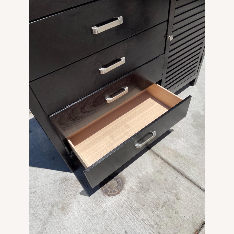Chuanheng Furniture Black Dresser w/ Mirror - image-16