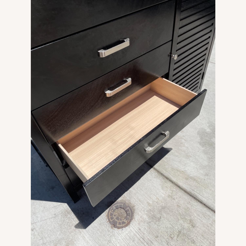 Chuanheng Furniture Black Dresser w/ Mirror - image-12