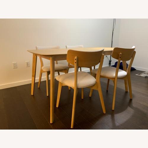 Used Wooden Oak Dining sets for sale on AptDeco