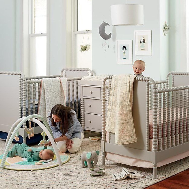 Crate & Kids Crib w/ Toddler Bed Conversion Kit - image-3
