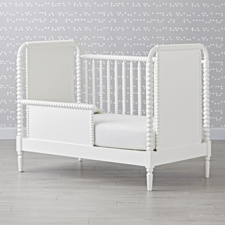 Crate & Kids Crib w/ Toddler Bed Conversion Kit - image-5