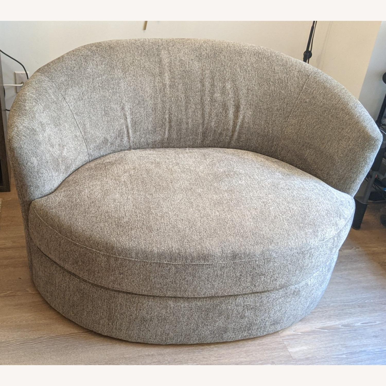Thomasville Fabric Swivel Chair - image-4
