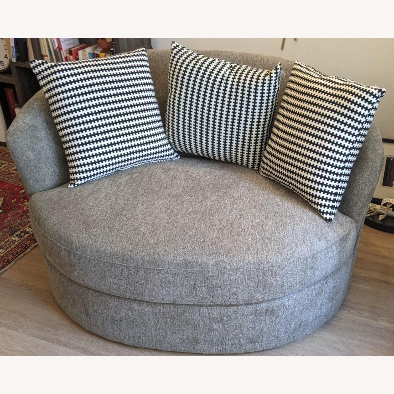 Thomasville Fabric Swivel Chair - image-3