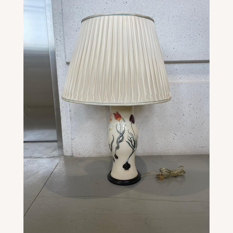 Porcelain Lamp - image-0