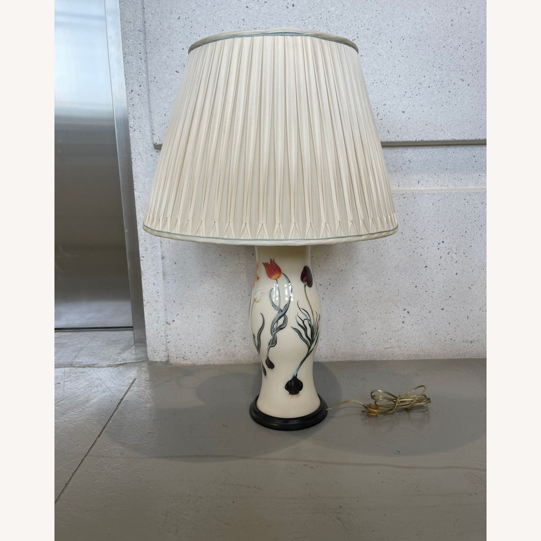 Porcelain Lamp - image-2