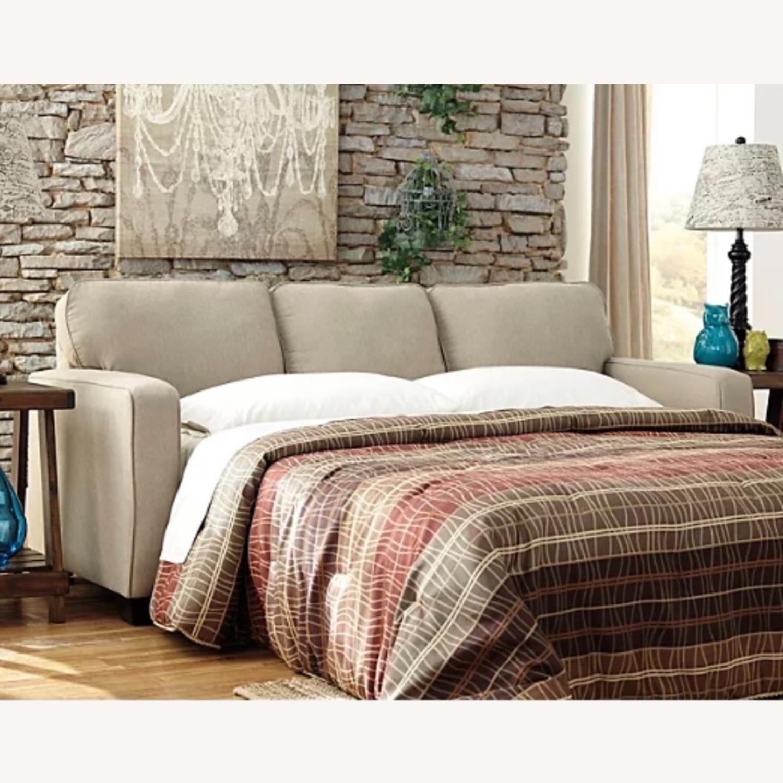 Ashley Furniture 3 Seater Queen Sleeper Sofa - image-2