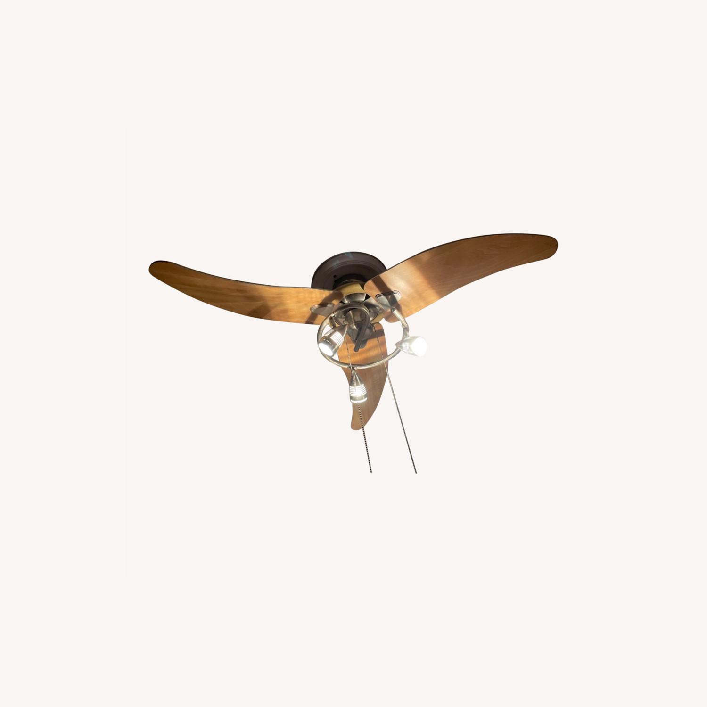 Dual Directional Ceiling Fan w. Lights - image-0