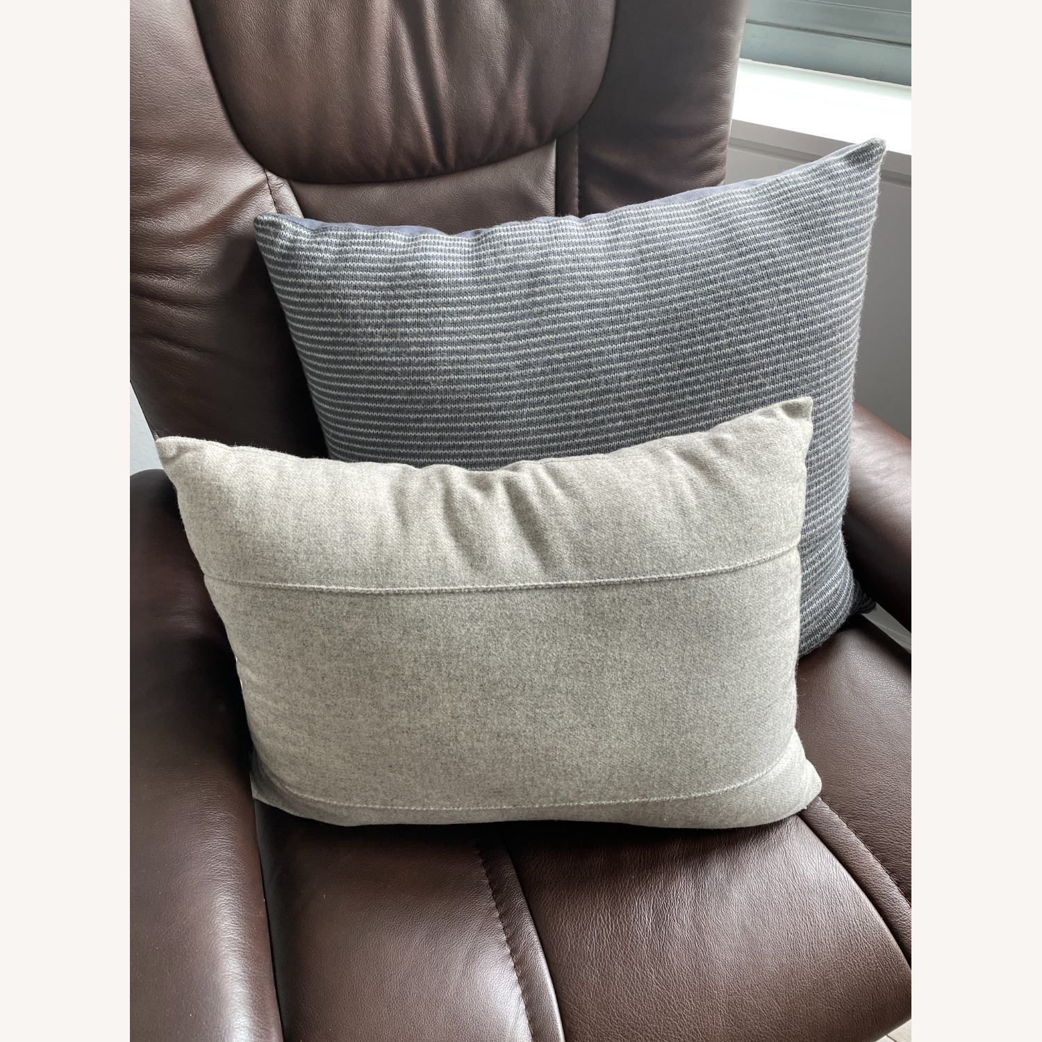 Kenneth Cole Home Set of Pillows - image-5