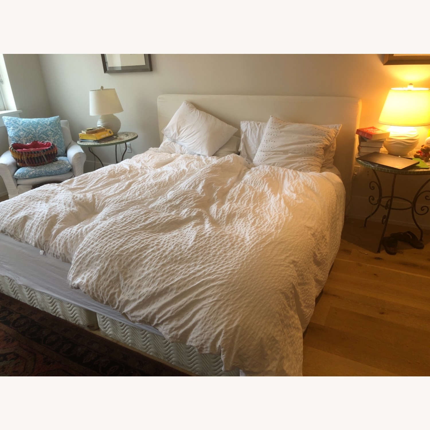 King Size Bed - image-2