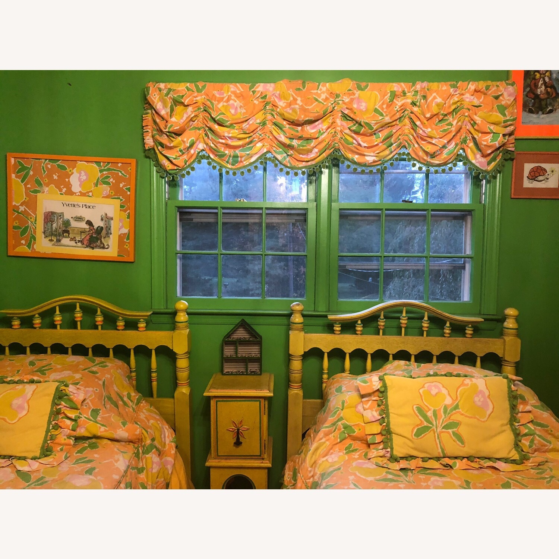 Stanley Furniture Childrens Headboard - image-3