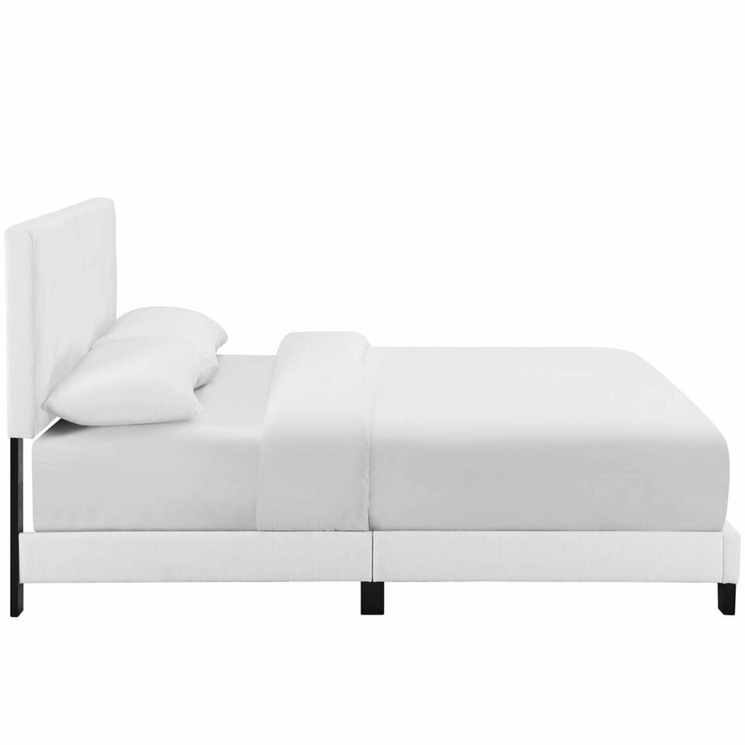Contemporary Style Full Bed In White Upholstery - image-2