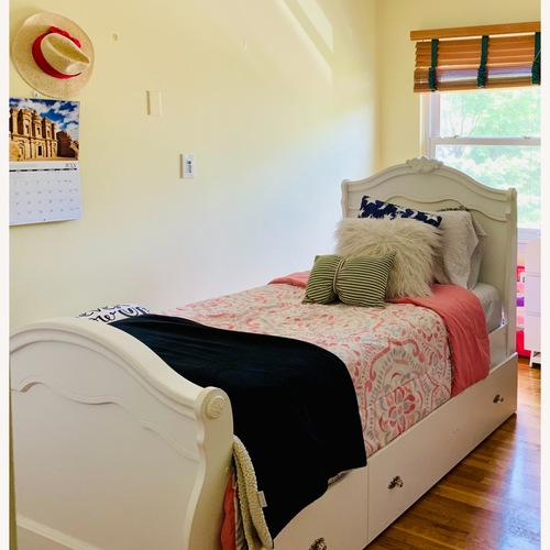 Used Trundle bed for sale on AptDeco