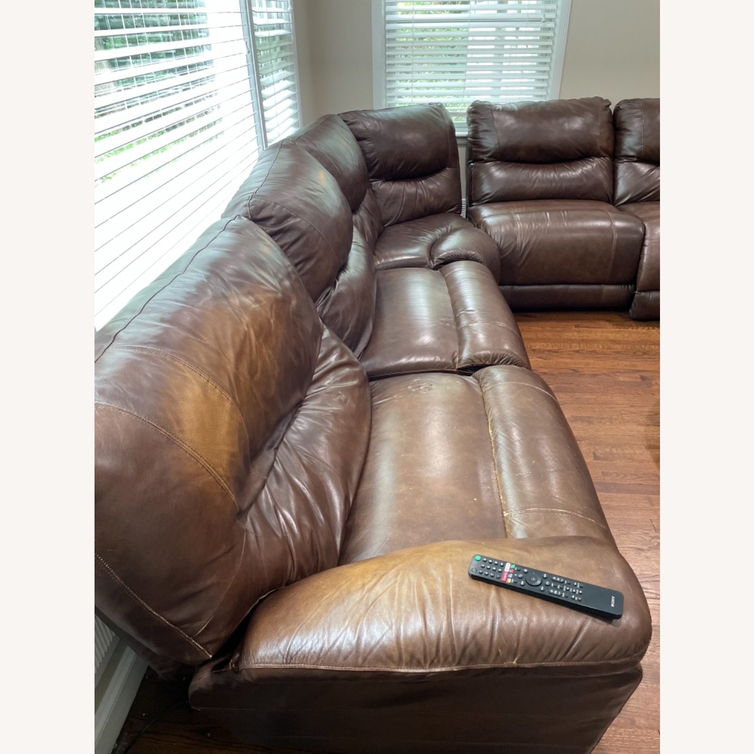 La-ZY-Boy Leather Sectional with Recliners - image-4