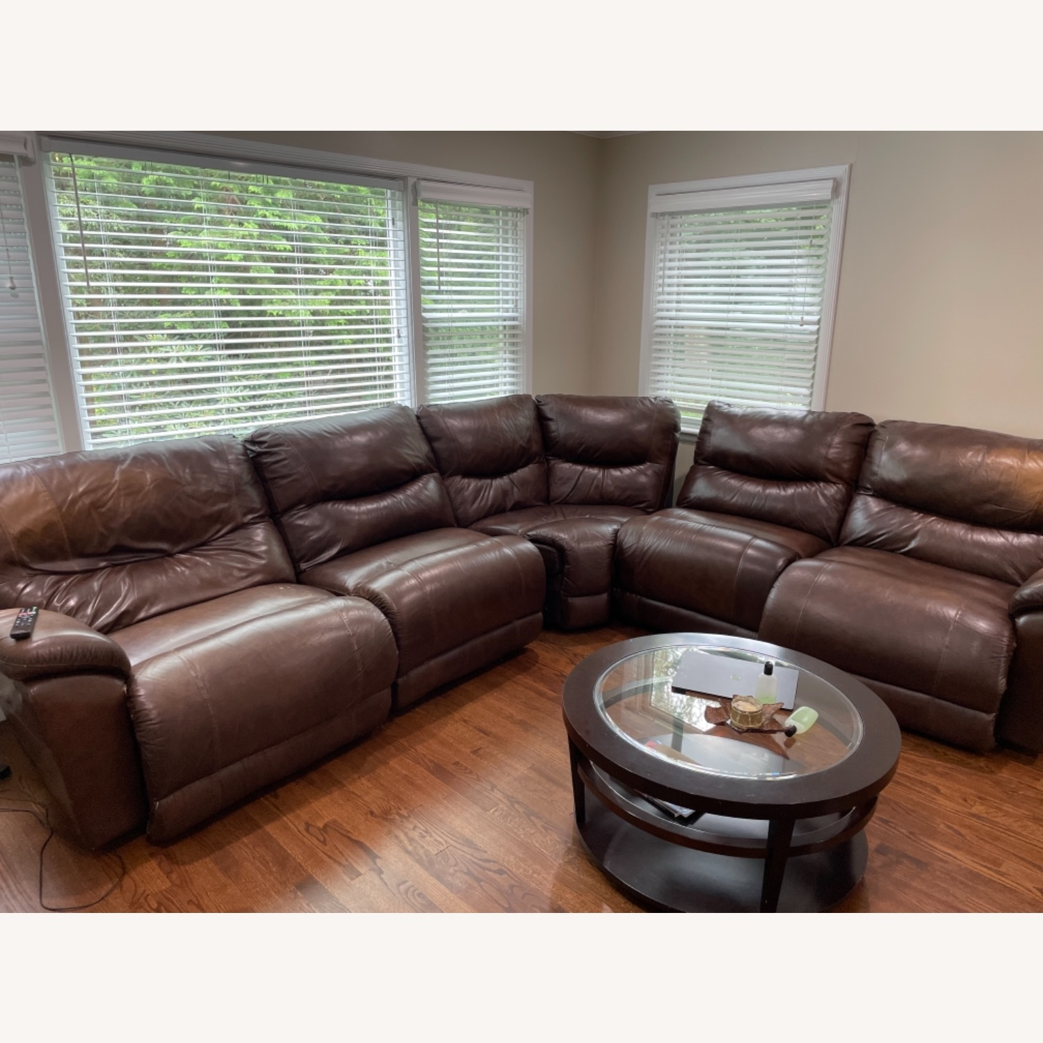 La-ZY-Boy Leather Sectional with Recliners - image-3