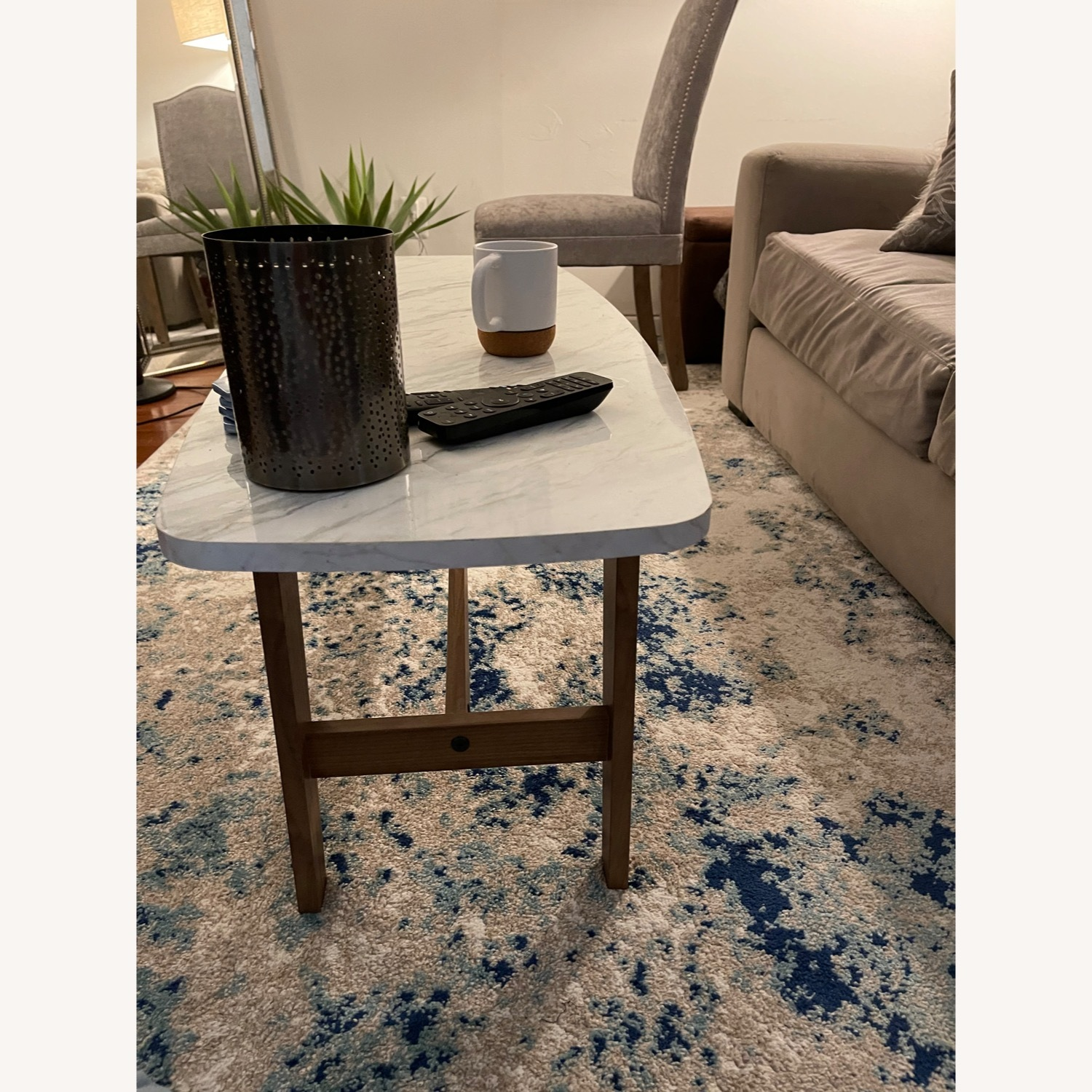 Chic Coffee Table - image-3