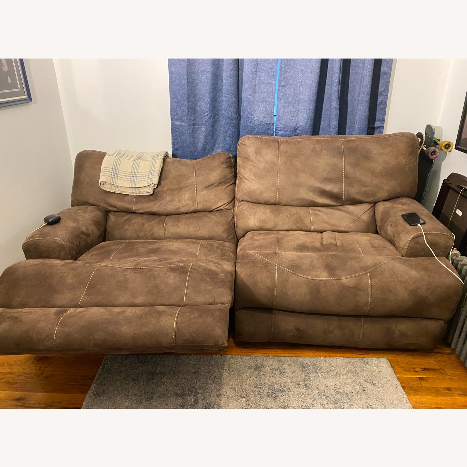 Reclining Leather 2 pc. Sectional - image-2