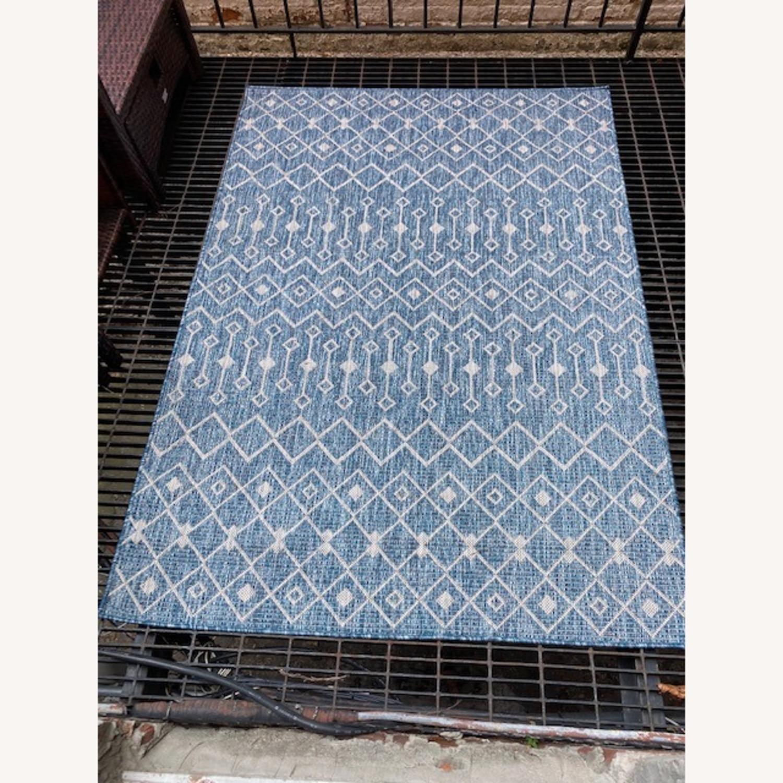 4'x6' Outdoor Lattice Rug - image-1