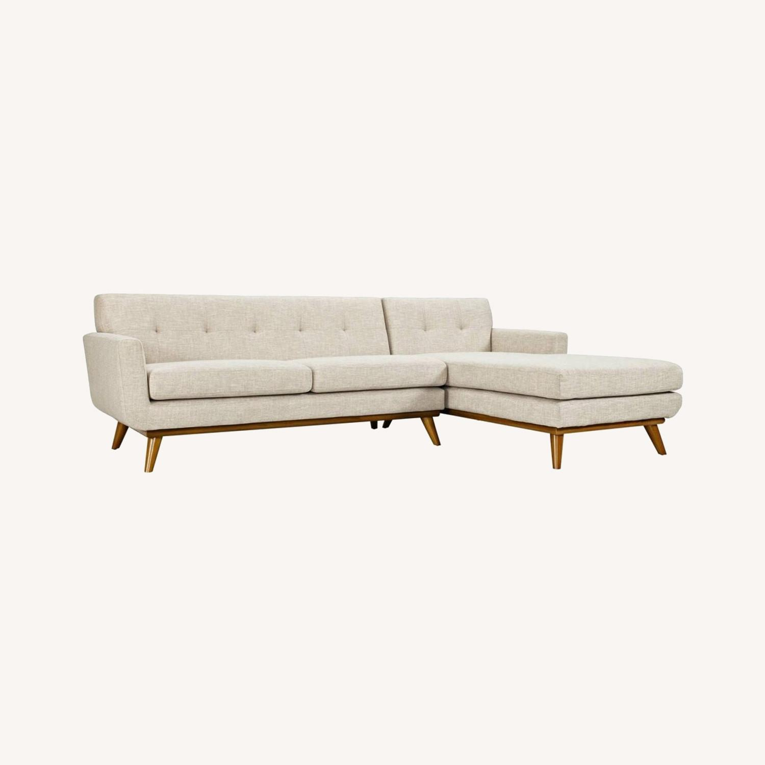 Right-Facing Sectional In Beige Upholstered Fabric - image-4