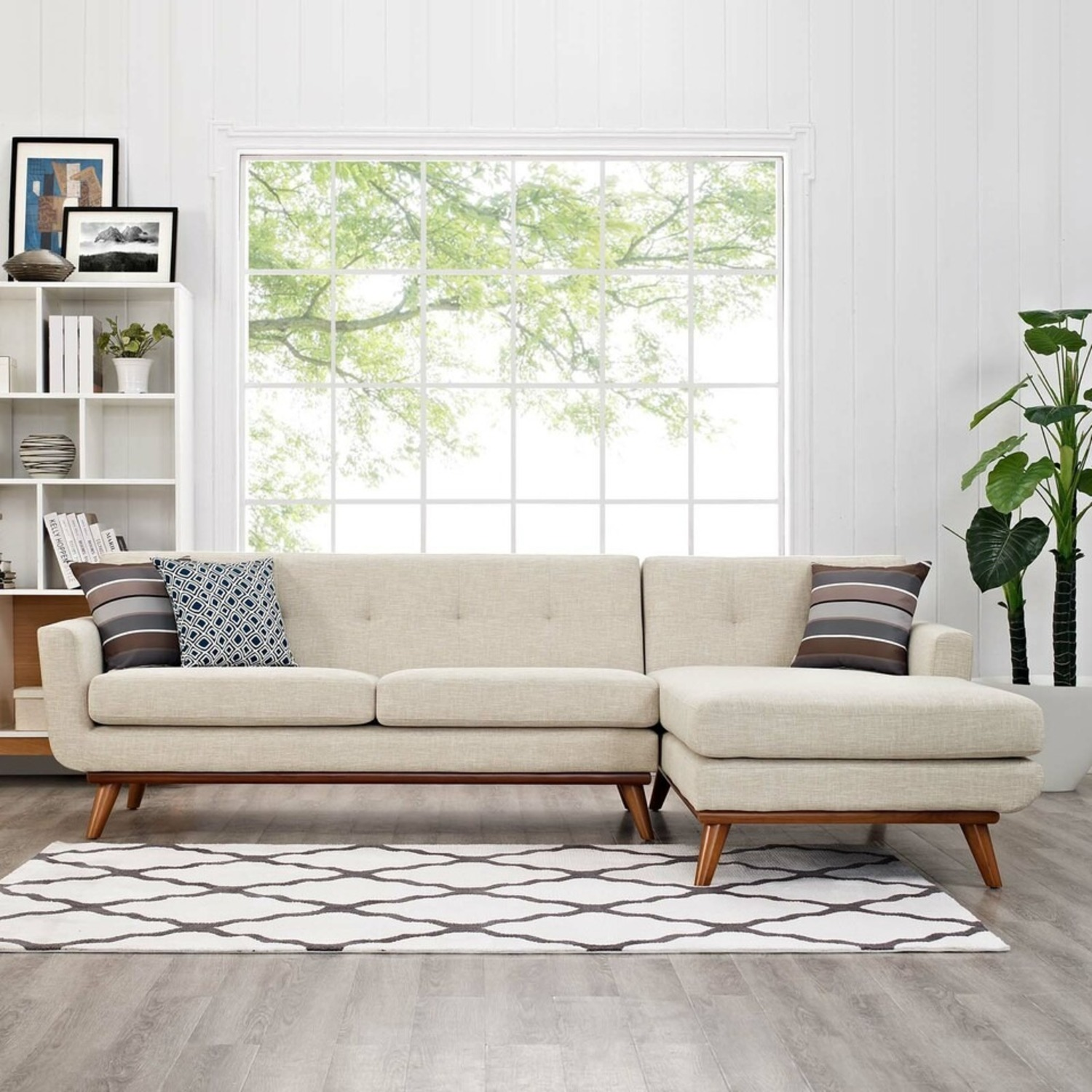 Right-Facing Sectional In Beige Upholstered Fabric - image-3