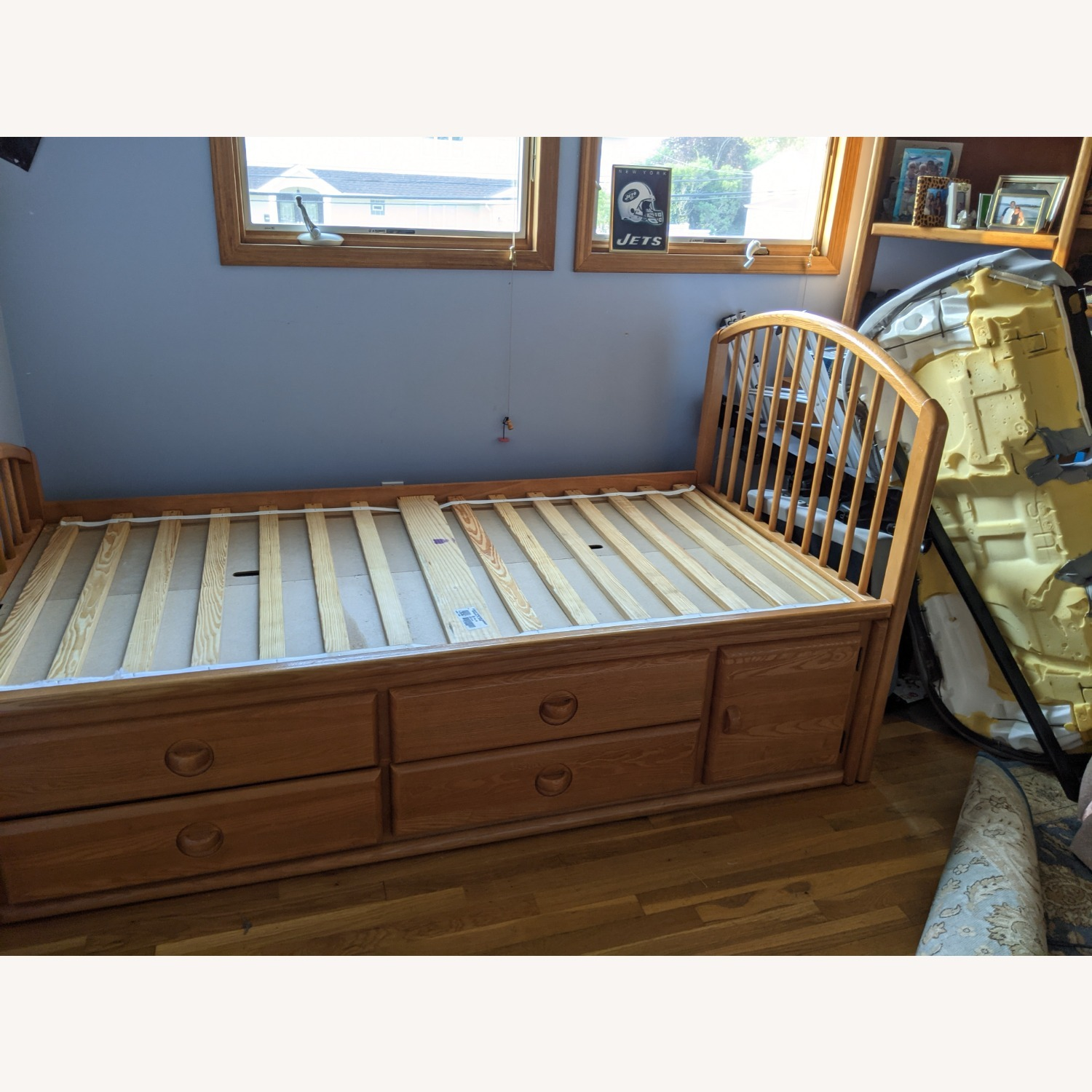 Stanley Furniture Twin Captain's Bed with Drawer Storage - image-3
