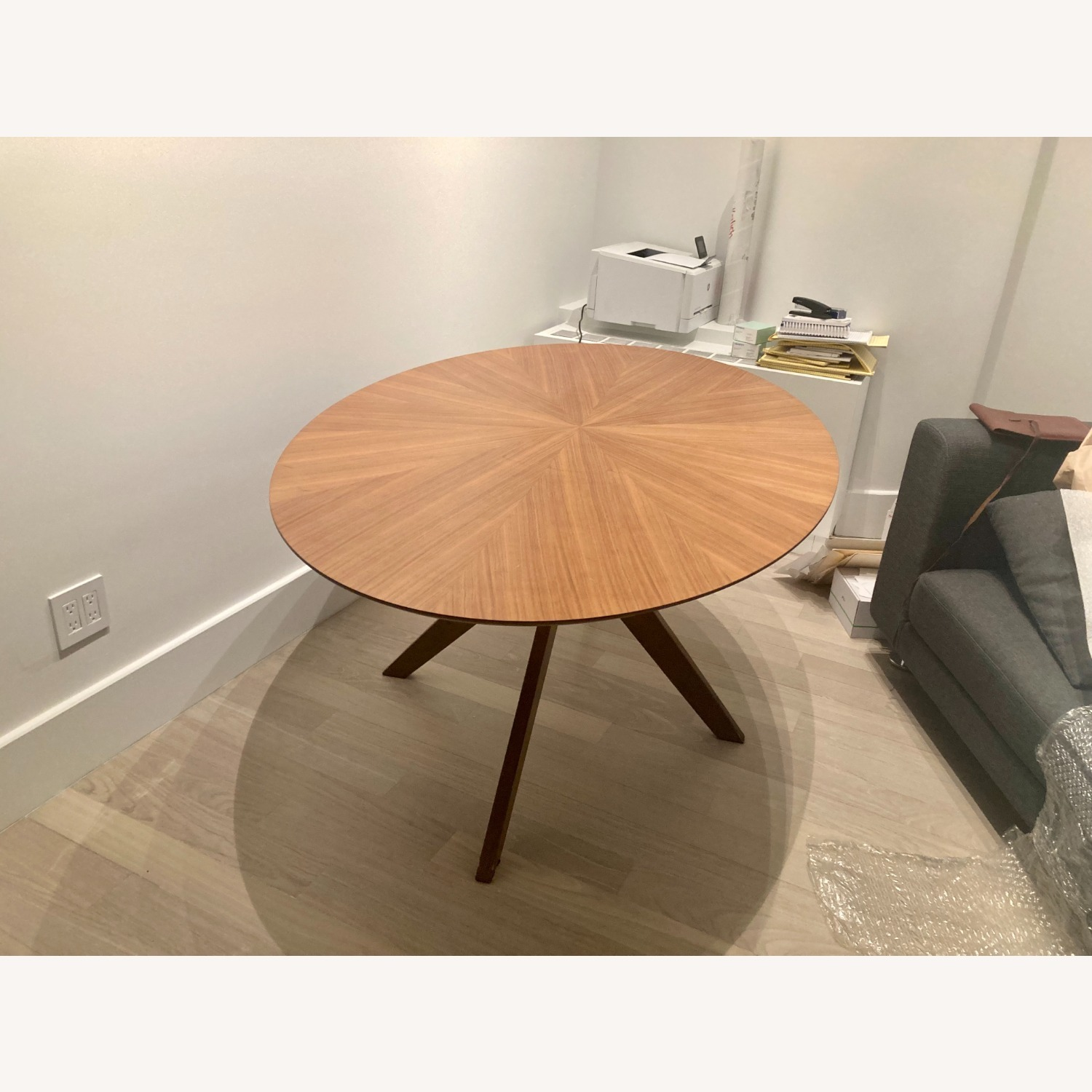Article Conan Oval Dining Table - image-1