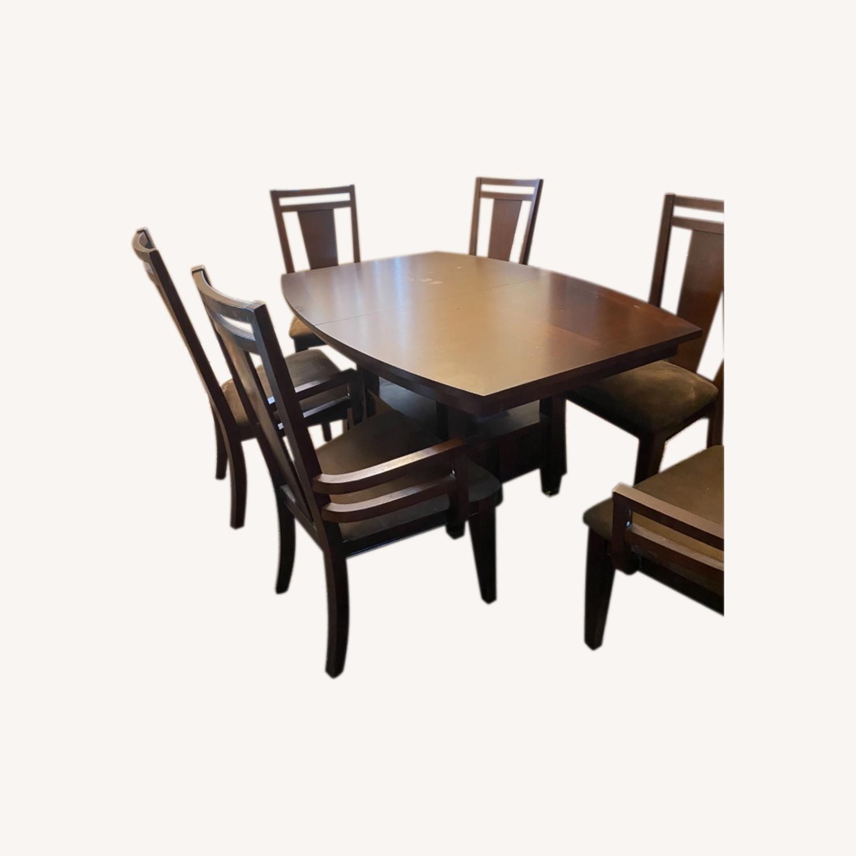 Raymour & Flanigan Dining Set - image-0