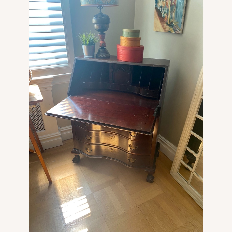 Antique Mahogany Secretary Desk with 4 Drawers. - image-2