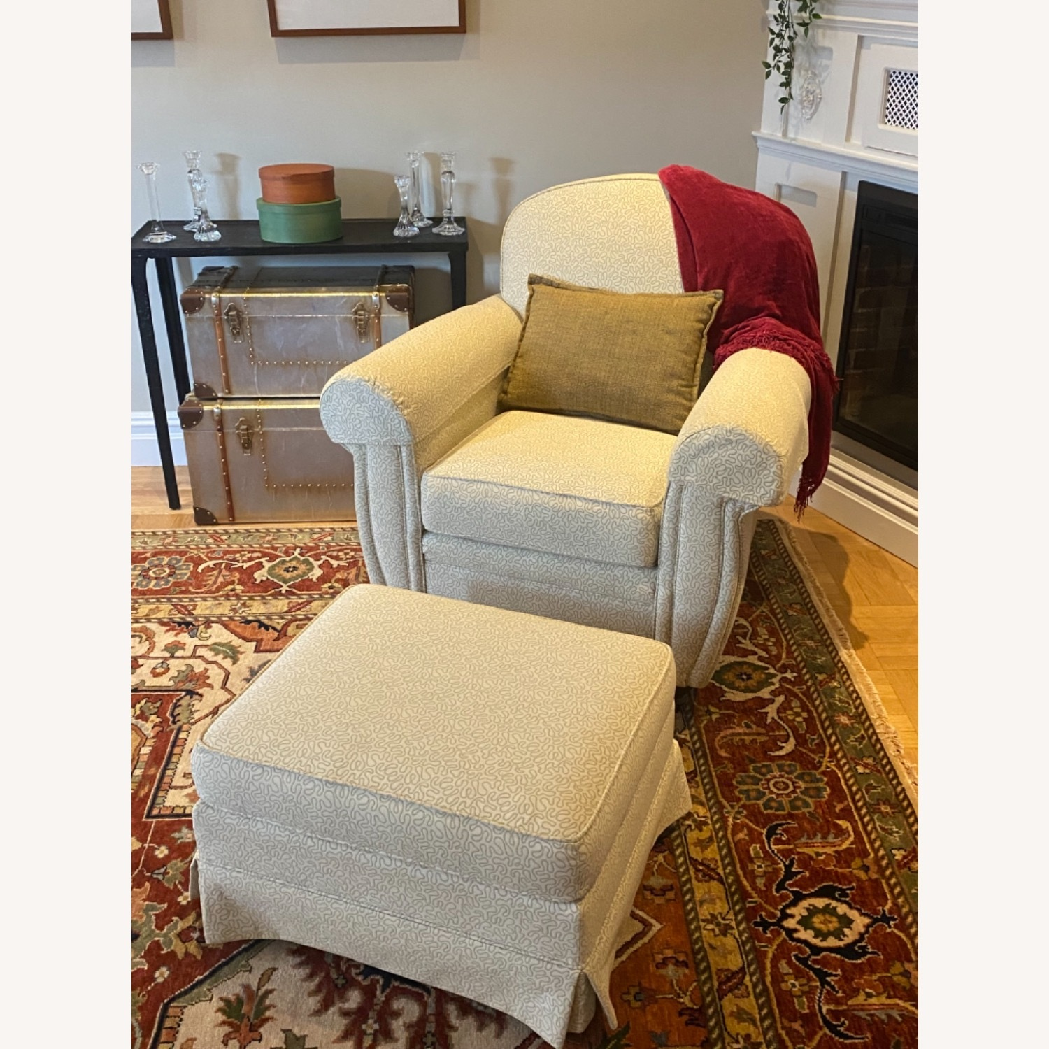 Ethan Allen 2 Upholstered Arm Chairs with 1 Ottoman - image-4
