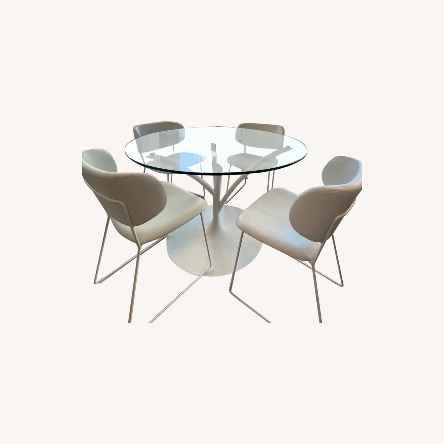 Calligaris Acacia Round Glass Table + 4 Claire Chairs - image-0