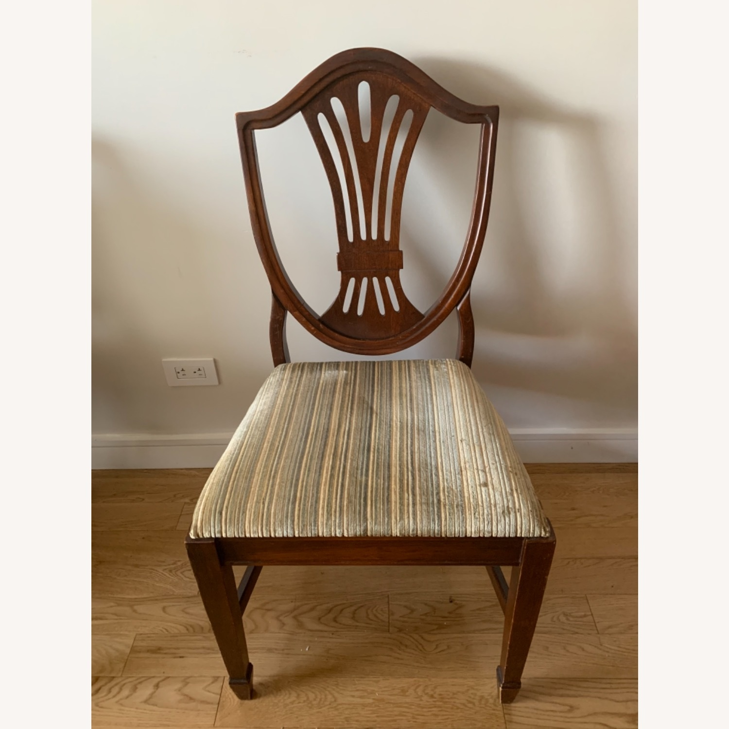 Antique Mahogany Dining Side Chairs - image-4