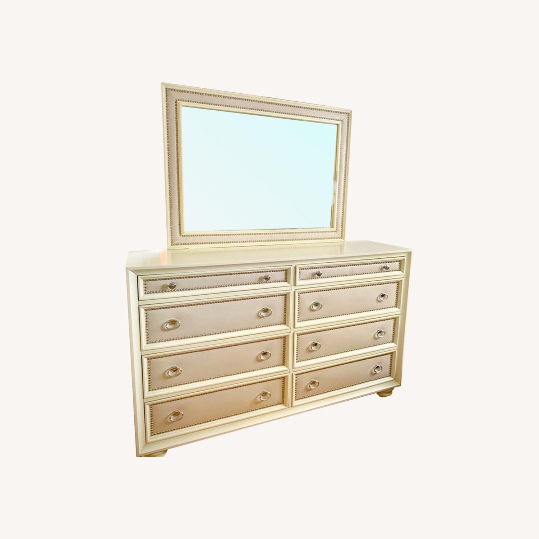Huffman Koos Furniture 8 Drawer Dresser (w/ Mirror) - image-0