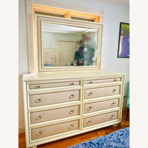 Used Huffman Koos Furniture 8 Drawer Dresser (w/ Mirror) for sale on AptDeco