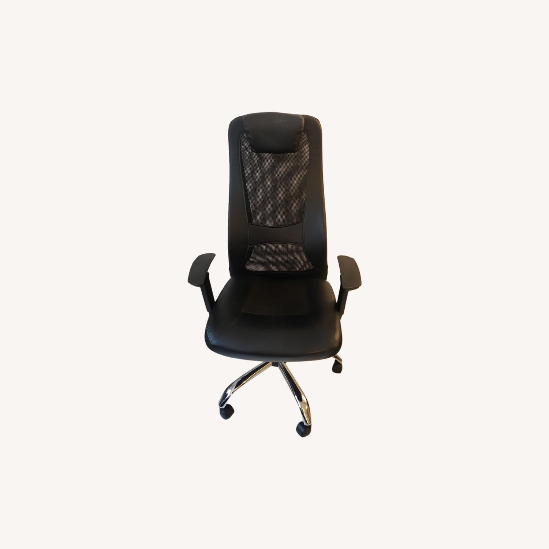 High-Back Ergonomic Office Chair - image-0