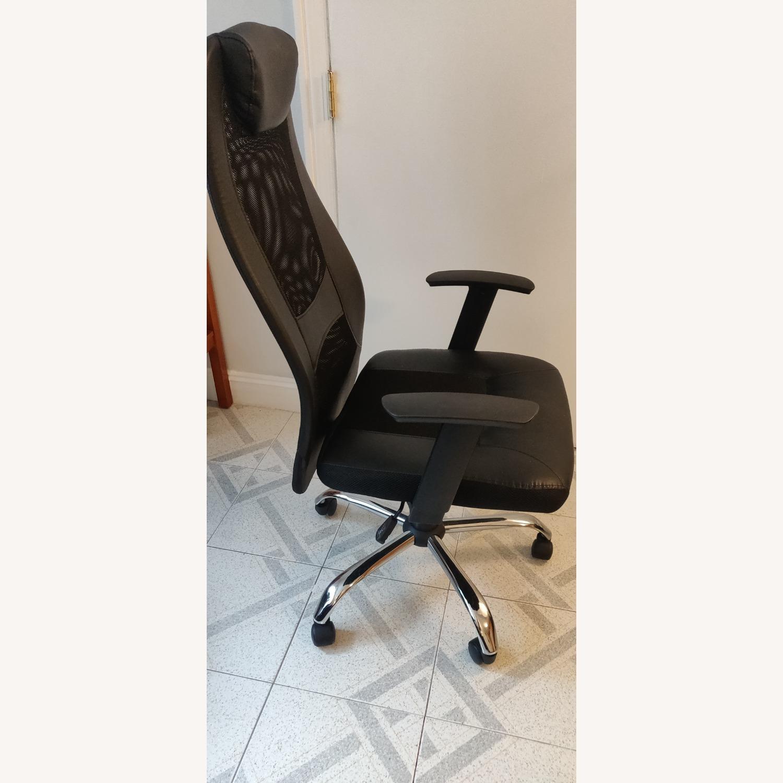 High-Back Ergonomic Office Chair - image-3