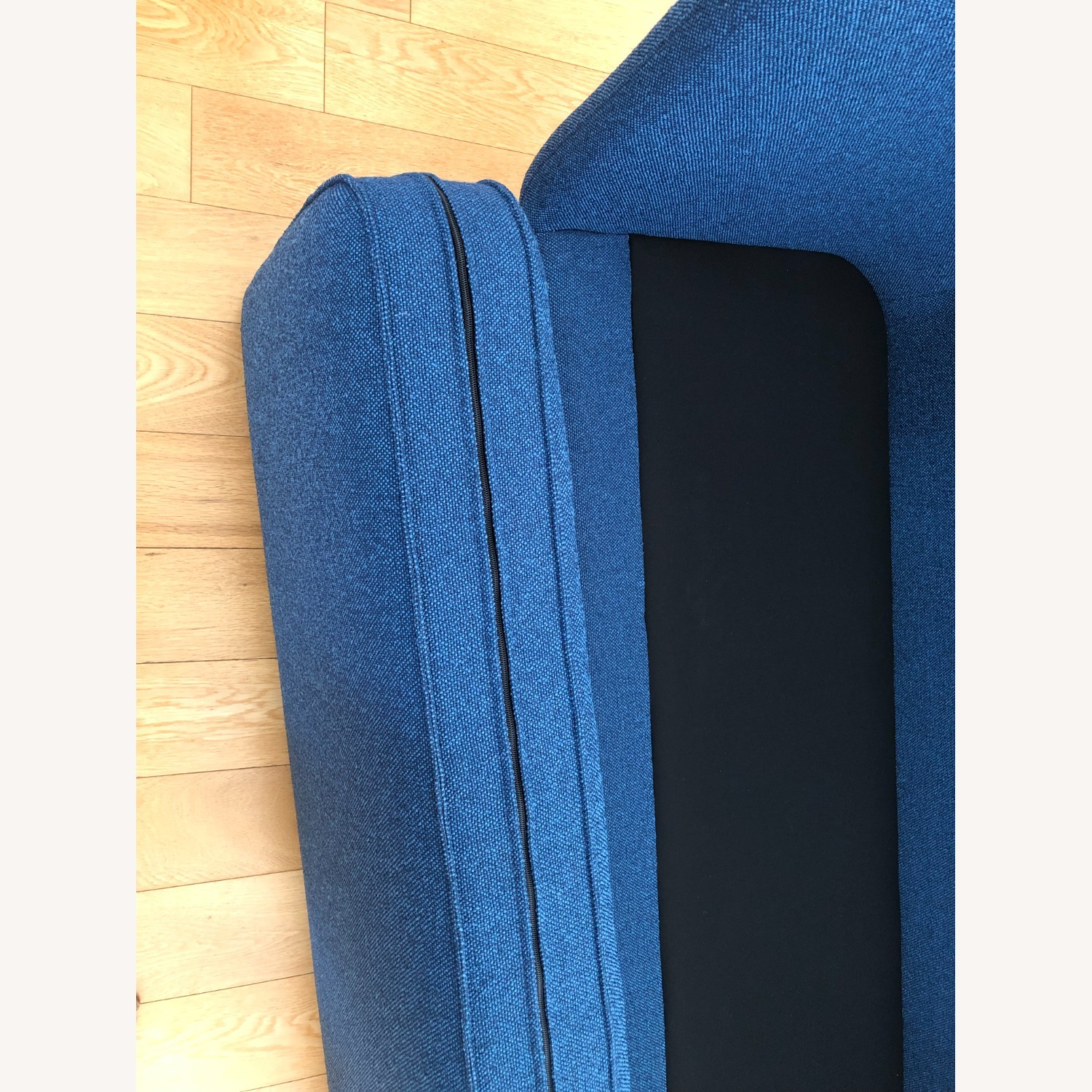 Knoll Rockwell Unscripted High Back Settee - image-6