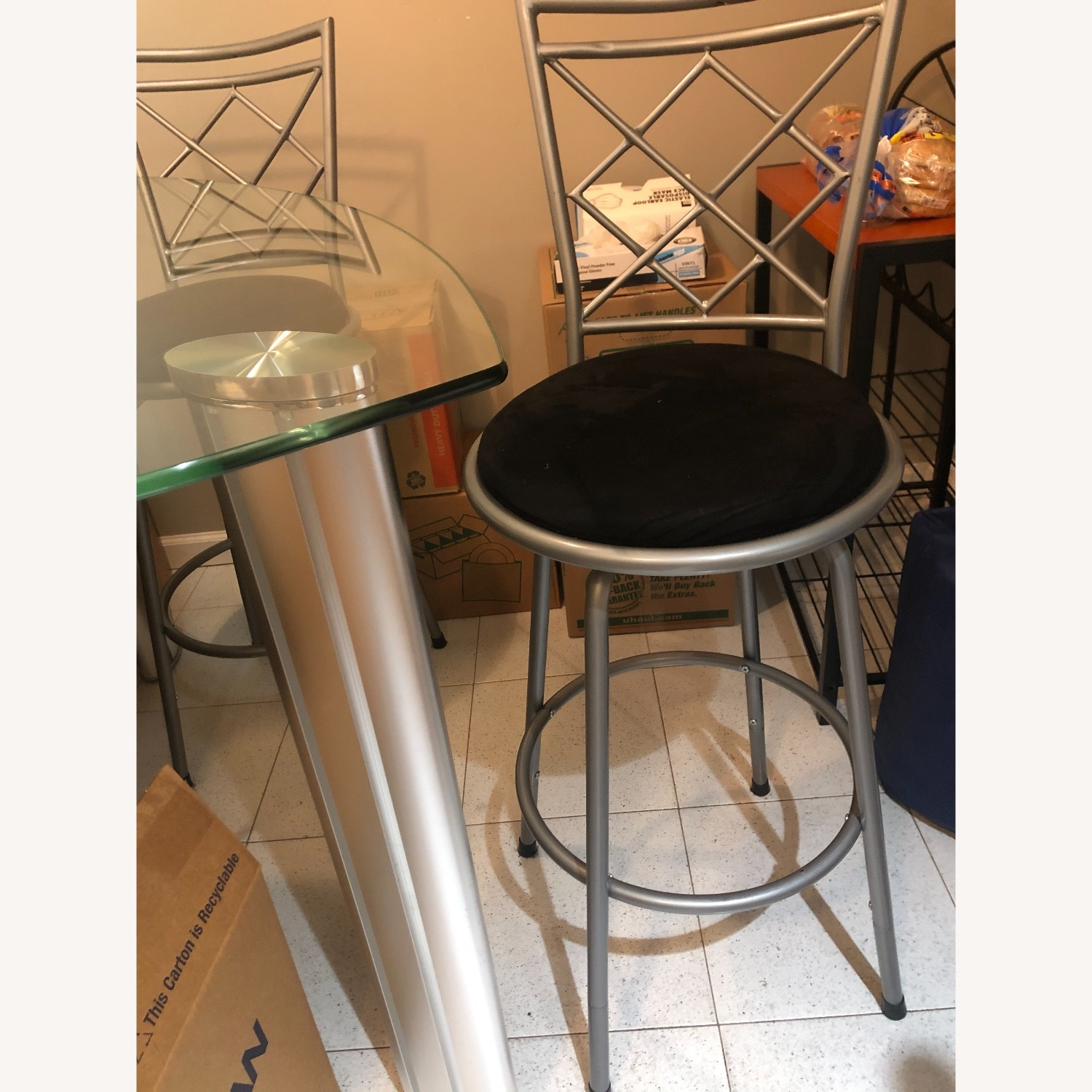 Rooms To Go Glass Table Top & Stool Chairs - image-1