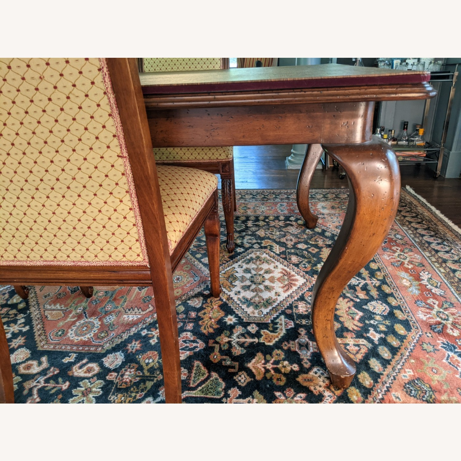 Queen Anne-style Table with Leaves and Table Pad - image-2