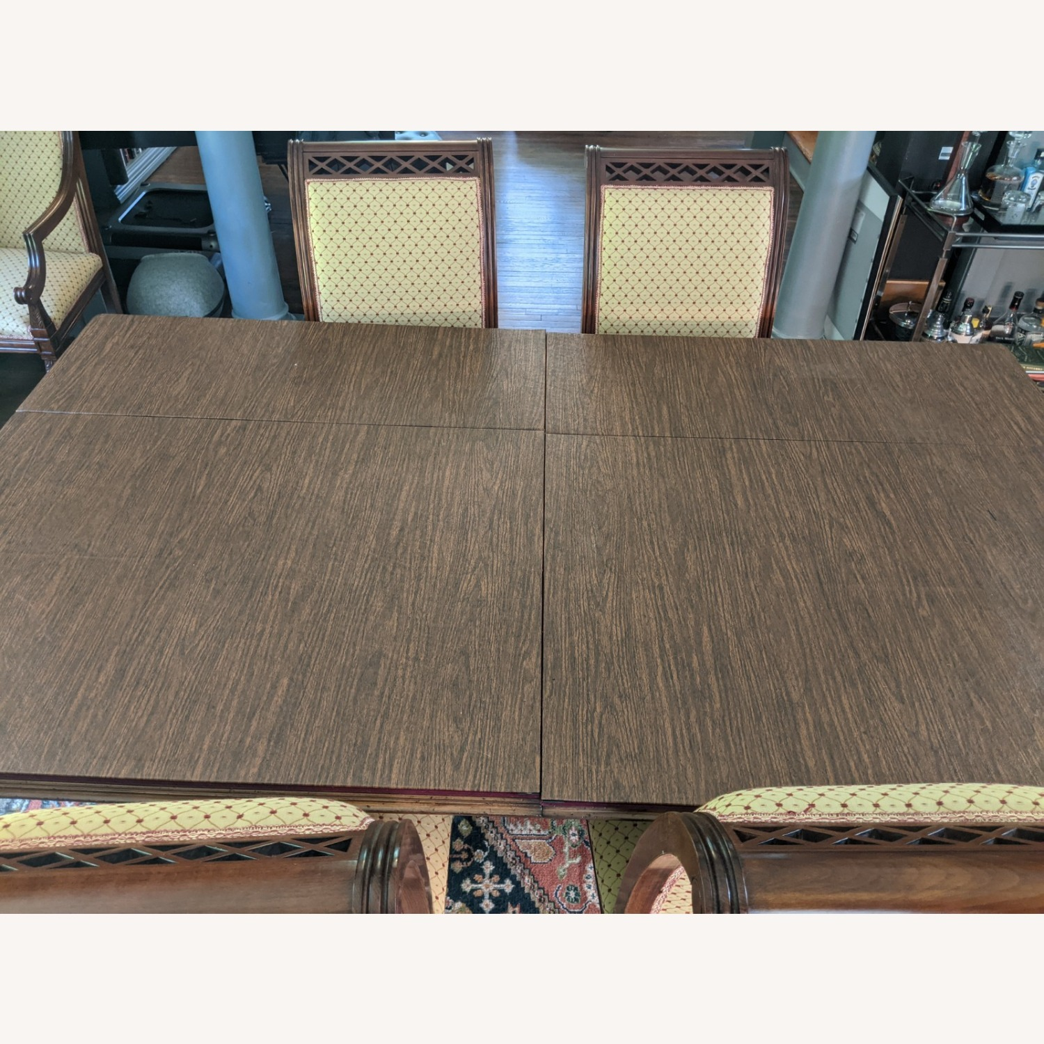 Queen Anne-style Table with Leaves and Table Pad - image-3