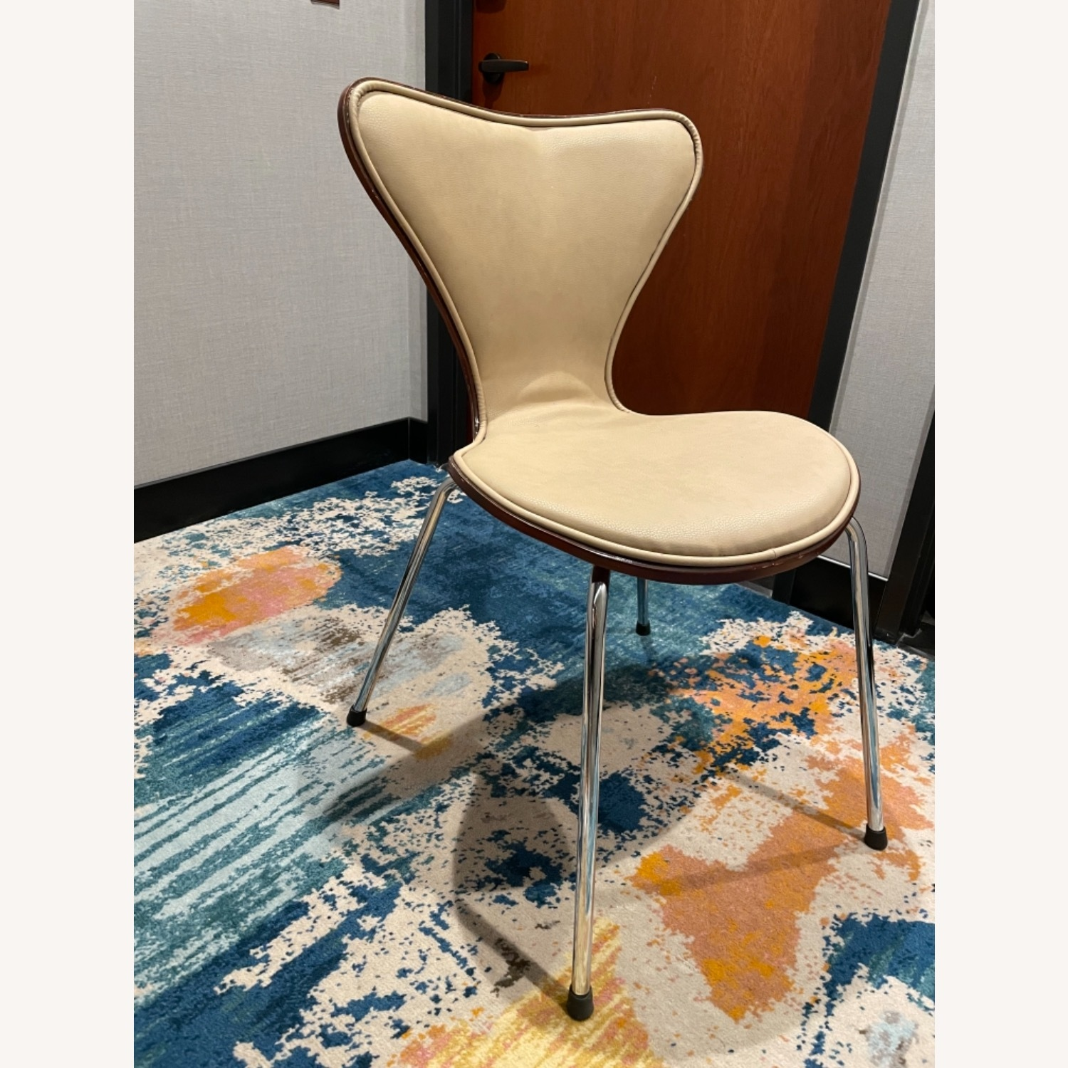 Chairs - image-4