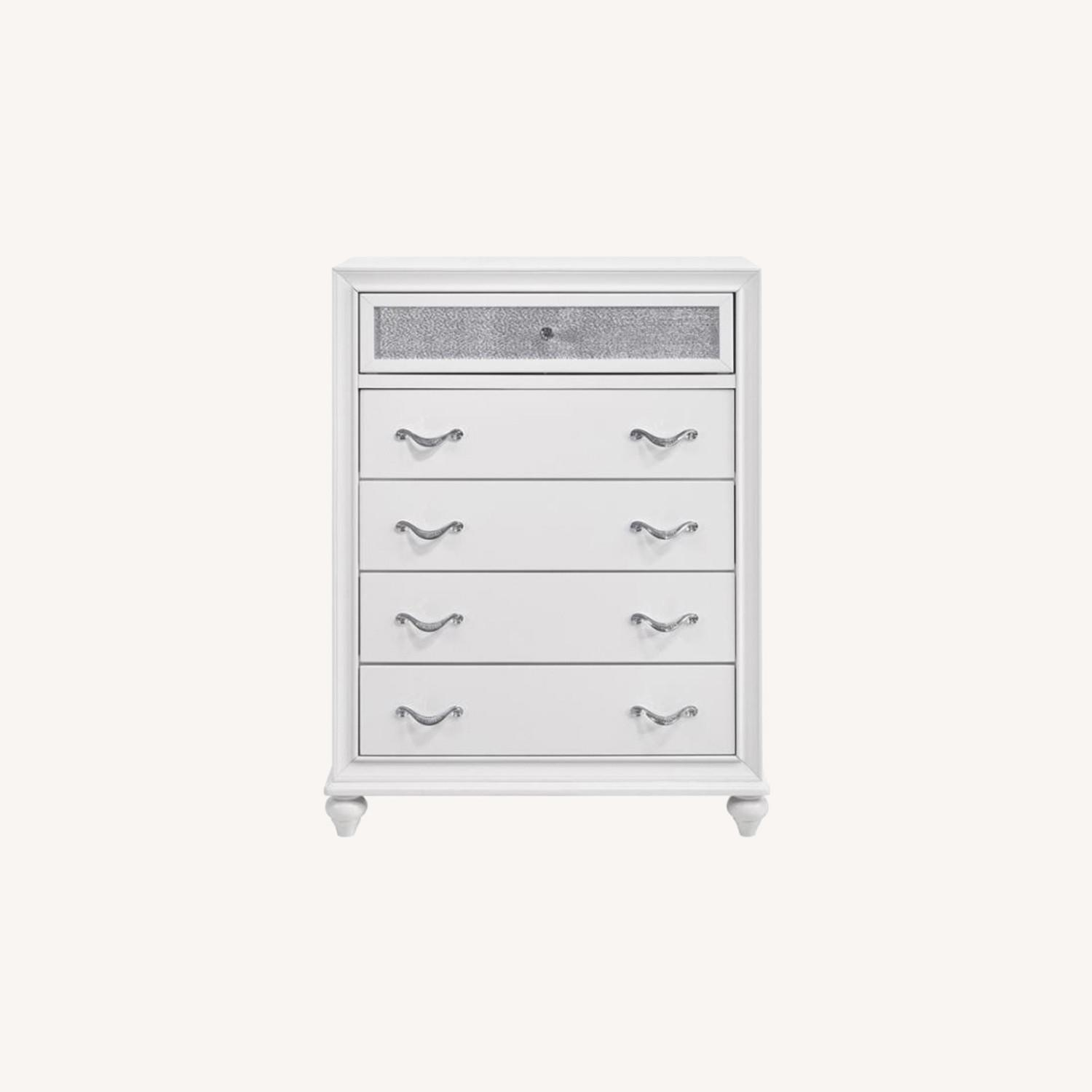 Chest In White W/ Glittering Drawer Fronts - image-7
