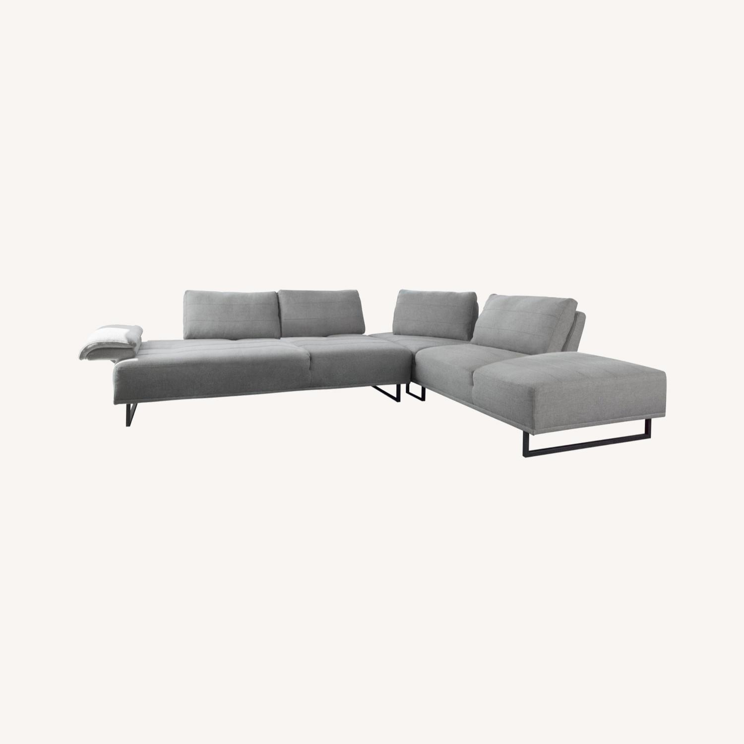 Sectional In Taupe Woven Fabric Upholstery - image-4