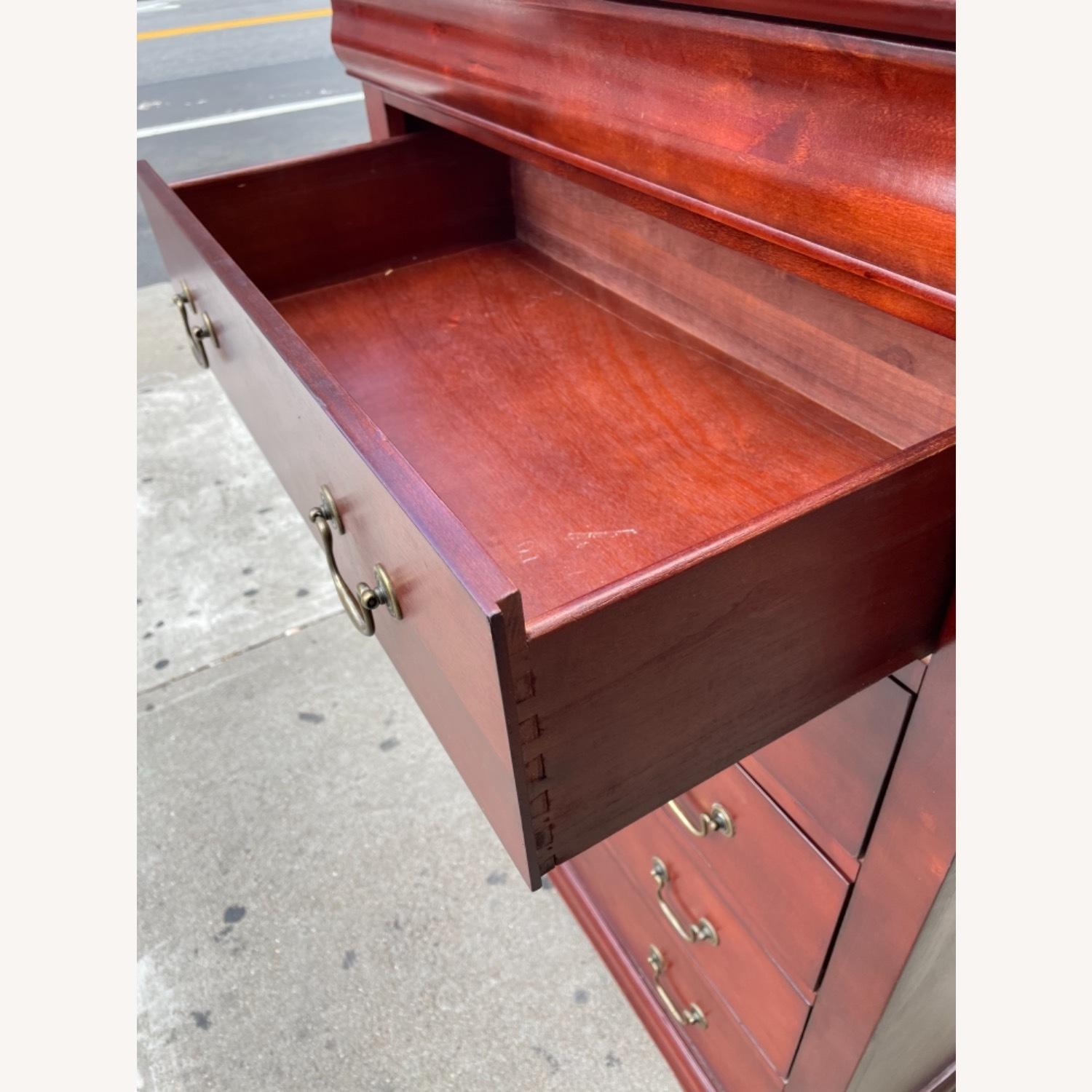 Wooden 6 Drawer Dresser - image-12