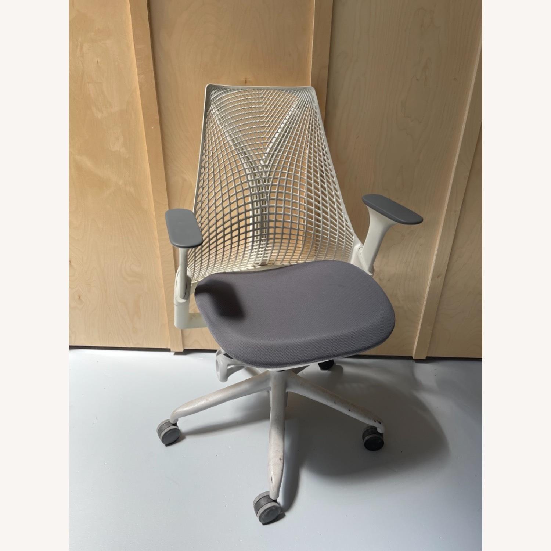 Herman Miller Sayl Chairs White - image-1