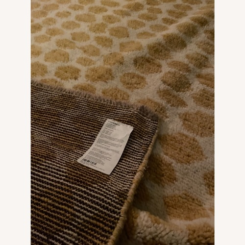 Used Crate and Barrel Rug (6x9) for sale on AptDeco