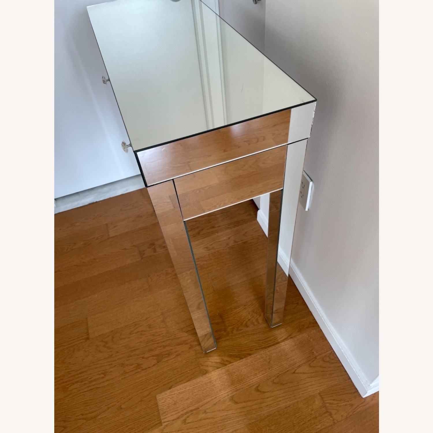 Mirrored Entryway Table - image-4