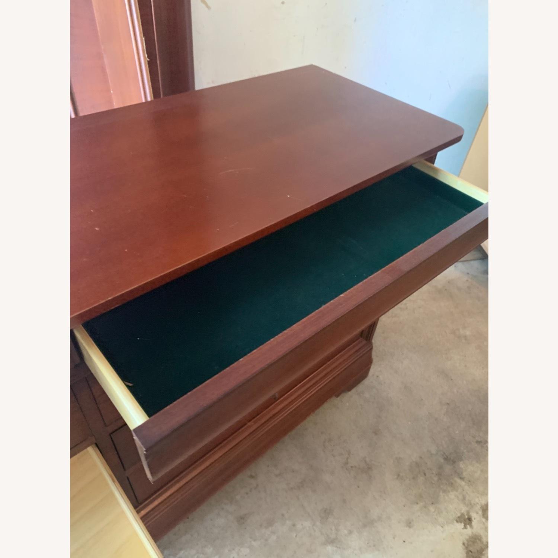 Thomasville Dresser & Mirror - image-3