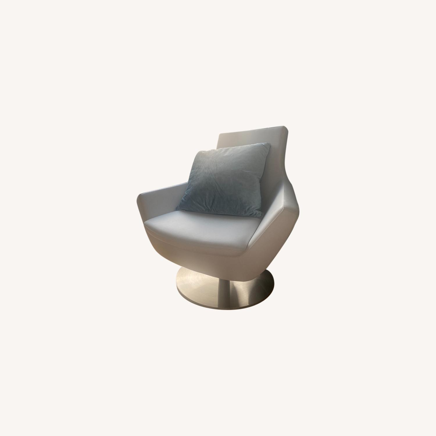 Lazzoni White Leather Chair - image-0