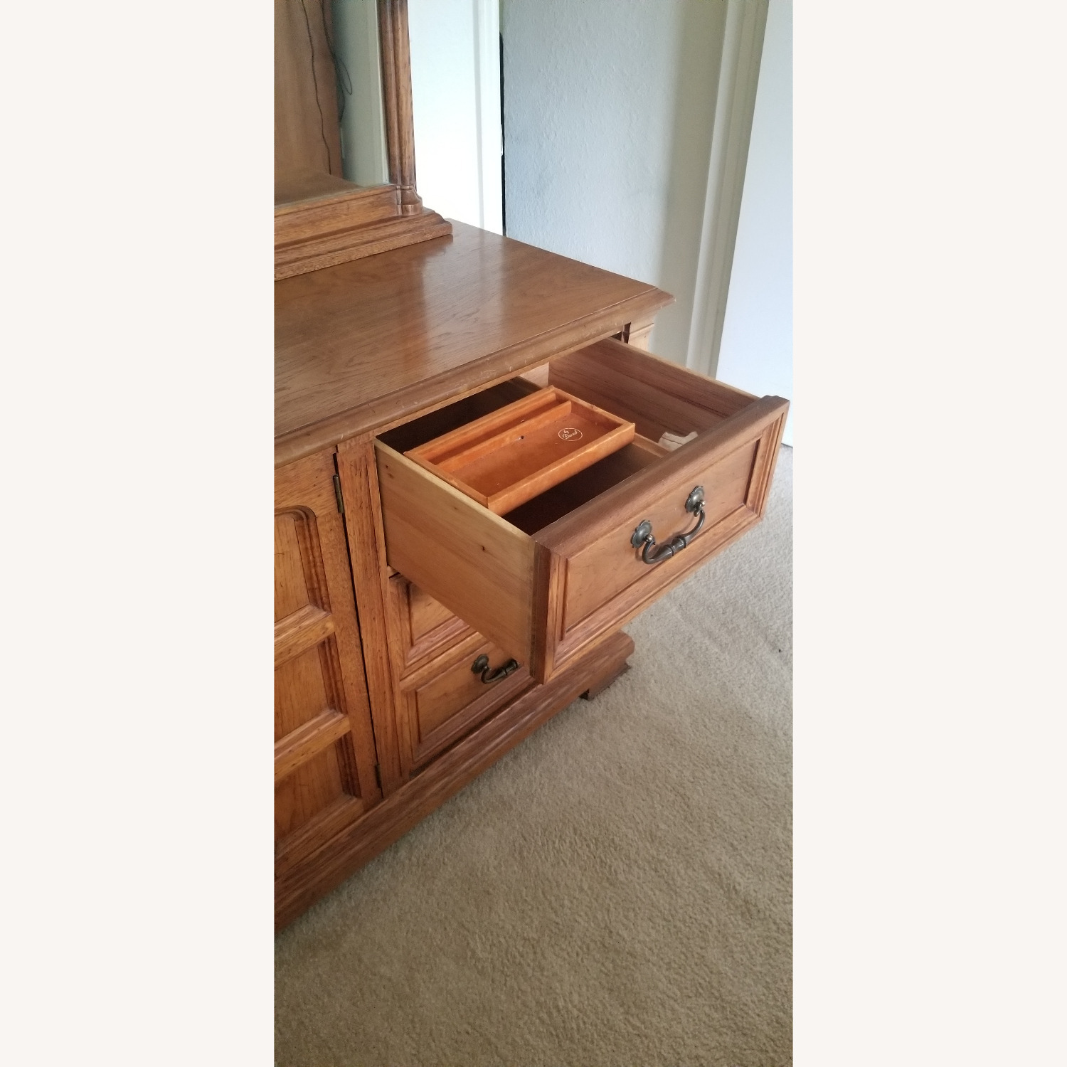 Vintage Drexel Dresser with two Large Mirrors - image-5