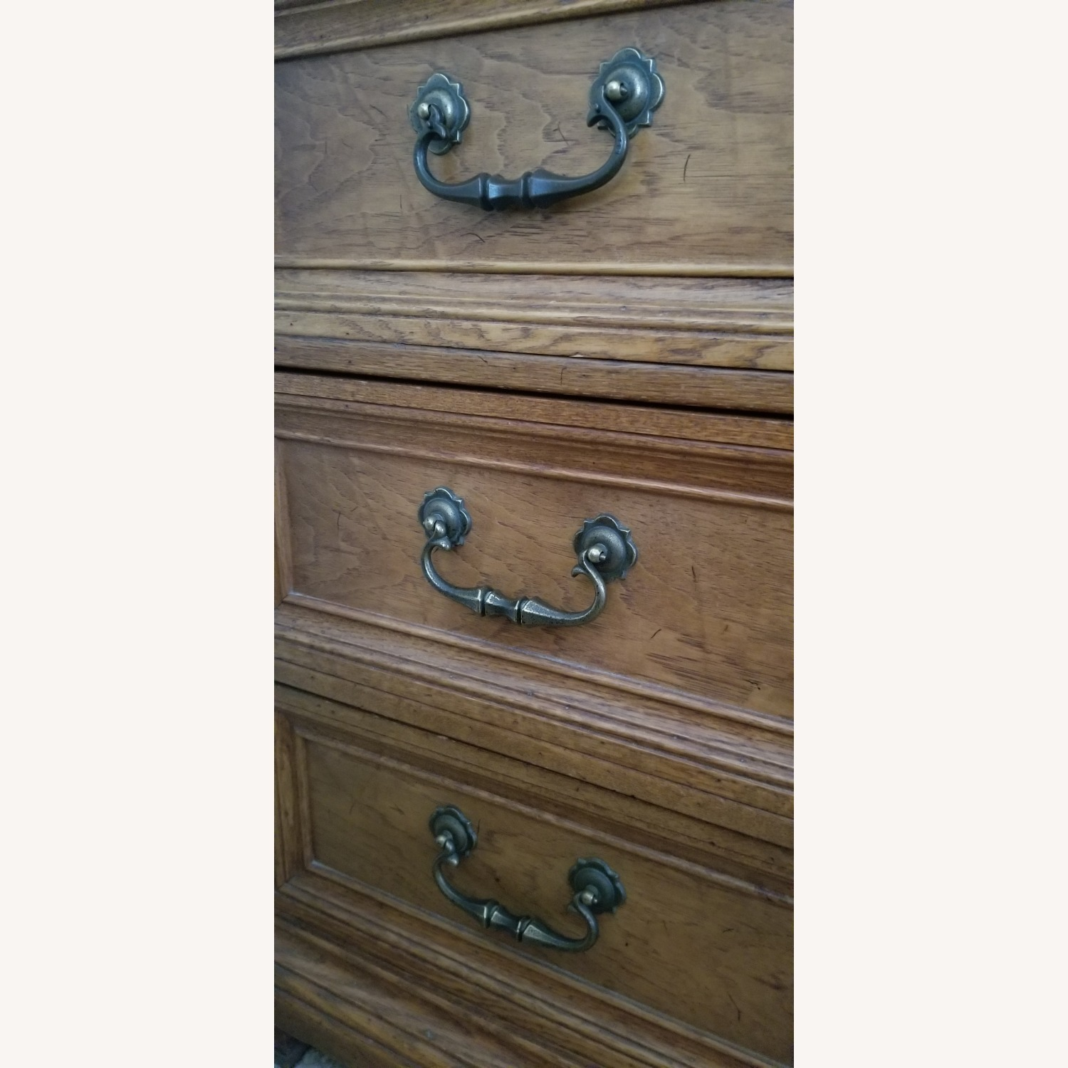 Vintage Drexel Dresser with two Large Mirrors - image-12