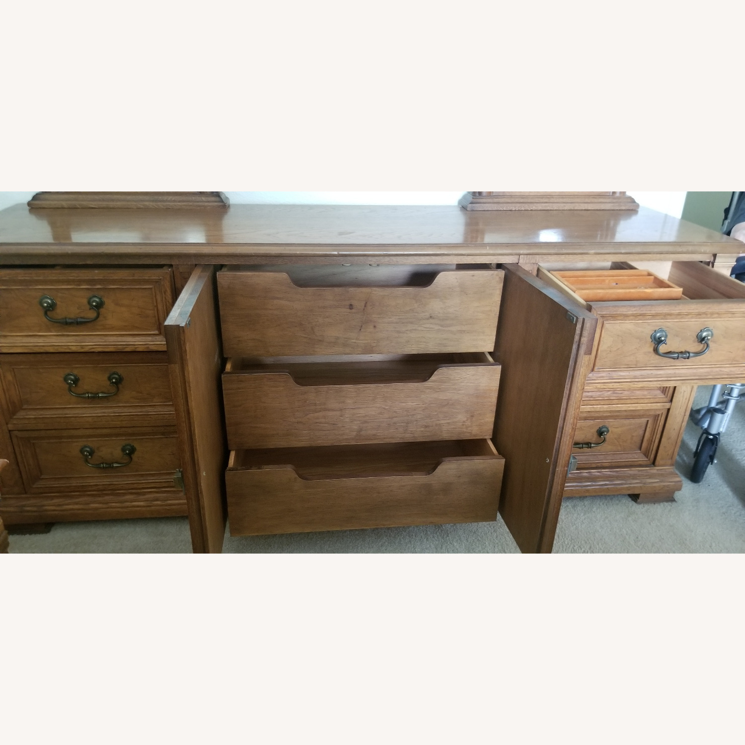 Vintage Drexel Dresser with two Large Mirrors - image-7